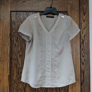 LIMITED, M, tan shirtsleeve blouse